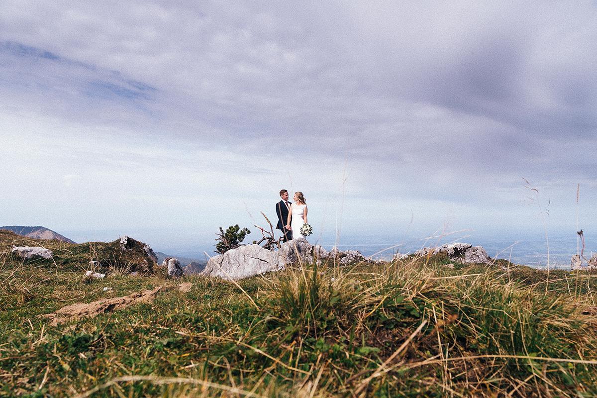 paar-shooting-in-den-bergen